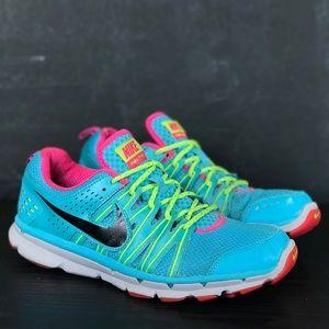 Woman's Nike Flex Trail 2 Running Sneakers